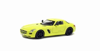 Solido 1:43 Mercedes Benz AMG SLS 2010 geel