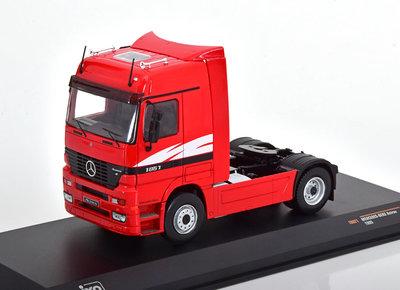 IXO 1:43 Mercedes Actros MP 1 rood 1995