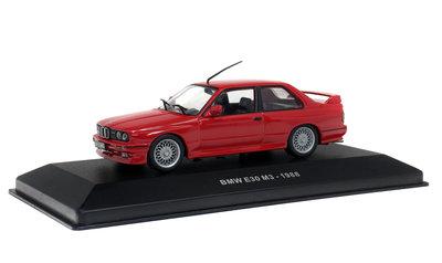 Solido 1:43 BMW M3 E30 rood