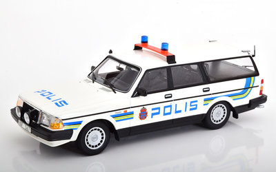 Minichamps 1:18 Volvo 240 GL Break Polis Zweden 1986 wit blauw