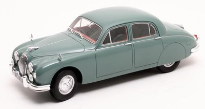 Cult Models 1:18 Jaguar 2.4 MKI green 1955, resin model