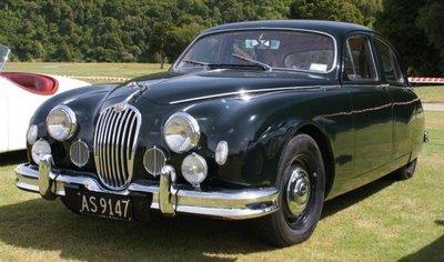Cult Models 1:18 Jaguar 2.4 MKI zwart 1955, nog geen definitieve foto