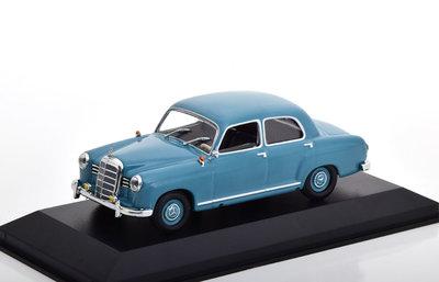 Maxichamps 1:43 Mercedes Benz 180 ( W120) 1955 lichtblauw