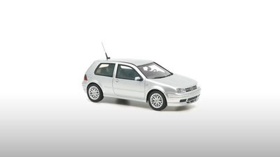 DNA Collectibles 1:43 Volkswagen Golf GTi 25th Anniversary zilver