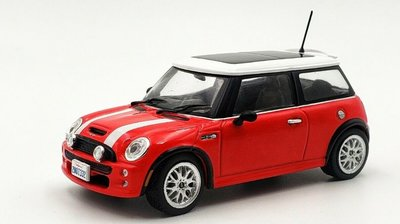 Greenlight 1:43 Mini Cooper S 2003 The Italian Job 2003 rood met wit