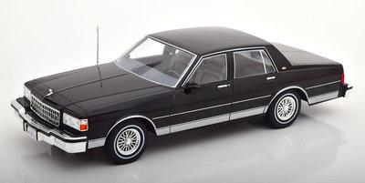 MCG 1:18 Chevrolet Caprice 1987 zwart