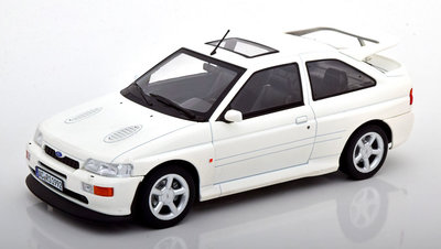Norev 1:18 Ford Escort Cosworth 1992 wit, metaal, body sealed