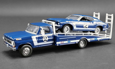 ACME 1:64 Ford F-350 Ramp Truck 1969 with Ford Trans Am Mustang no2 Dan Gurney