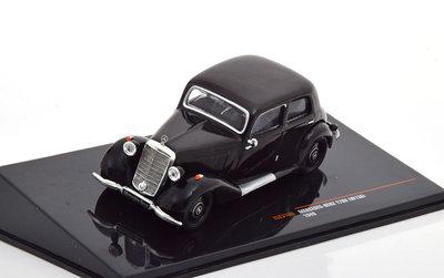 IXO 1:43 Mercedes 170V W136 1949 zwart