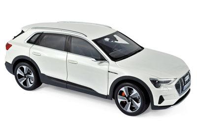 Norev 1:18 Audi E-tron 2019 wit metallic