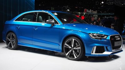 GT Spirit 1:18 AUDI RS3 SEDAN Ara blue