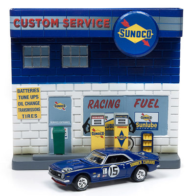 Johnny Lightning 1:64 Chevy Camaro (dr007) 1967 With Sunoco Exterior Service Station, blue