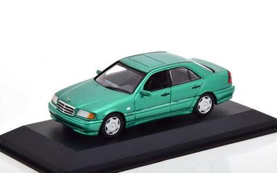 Maxichamps 1:43 Mercedes Benz C-Klasse 1997 Groen Metallic. product van Minichamps