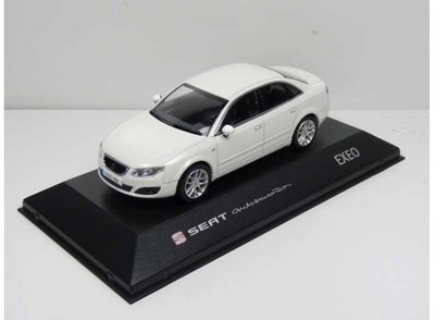 Seat Collection 1:43 Seat Exeo wit in dealer verpakking