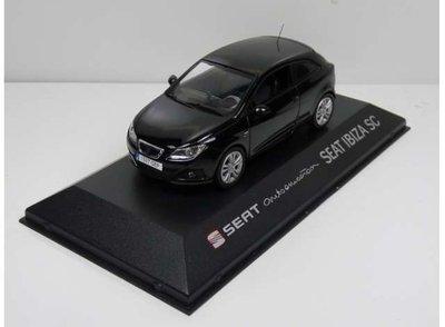 Seat Collection 1:43 Seat Ibiza SC zwart in dealer verpakking