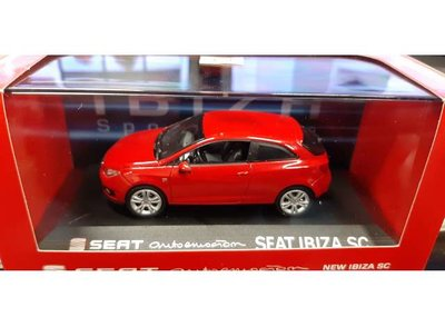 Seat Collection 1:43 Seat Ibiza SC rood 2013 in dealer verpakking