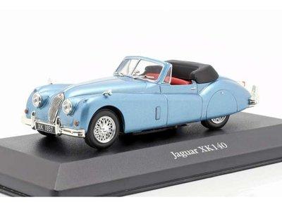 Atlas 1:43 Jaguar XK140 roadster 1957 lichtblauw