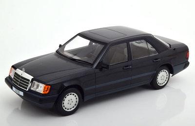 MCG 1:18 Mercedes 300 E W124 Limousine 1984 zwart metallic