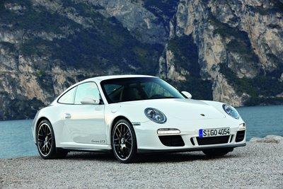 GT Spirit 1:18 PORSCHE 911 [997.2] GTS Carrara white 2011. Levering 08-2020. Te reserveren