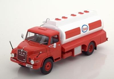 Atlas 1:43 MAN Diesel Esso Tankwagen rood wit