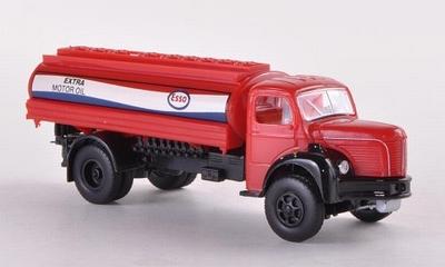 Brekina Berliet GLR 8 Tank Esso (F) vrachtwagen