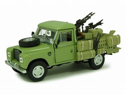 Cararama 1:43 Land Rover 109 Militare groen