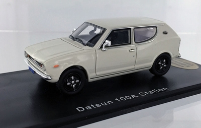 Golden Oldies 1:43 Datsun 100 A Station wit