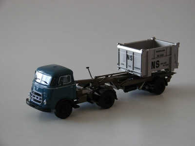 Golden Oldies 1:50 DAF T1300 DA container Losser Nautica