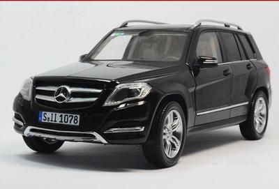 GTA 1:18 Mercedes Benz GLK Class SUV 2013 zwart