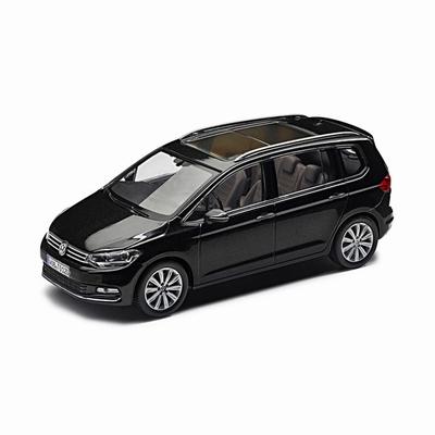 Herpa 1:43 Volkswagen Touran 2015 zwart, dealer verpakking