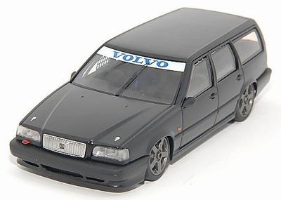 HPi 1:43 Volvo 850 estate BTCC matt zwart (limited edition)