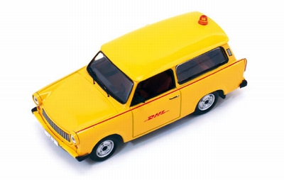 IST 1:43 Trabant 601 S Follow Me - DHL HUB Leipzig 2001 geel