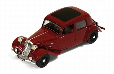 IXO 1:43 Citroen Traction 7A 1934 Bordeaux