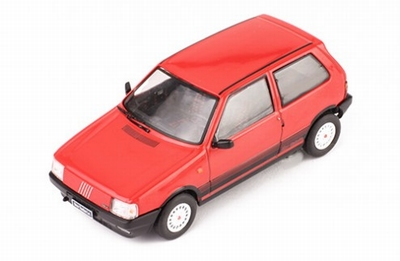 IXO 1:43 Fiat Uno Turbo IE 1984 rood