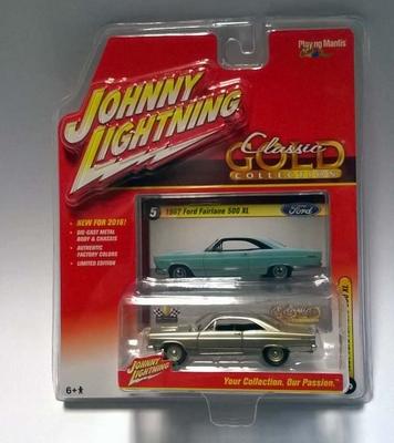 Johnny Lightning 1:64 Ford Fairlane 1967 beige metallic