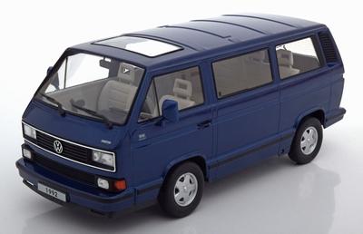 KK Scale 1:18 Volkswagen T3 Multivan  blauwmetallic