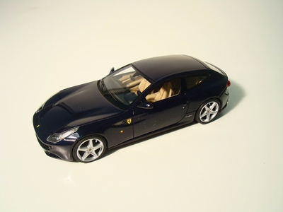 Looksmart 1:43 Ferrari FF blauw