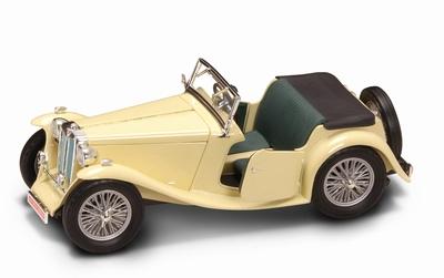 Yatming 1:18 MG TC Midget 1947 creme