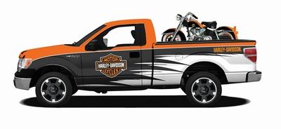 Maisto 1:24 Ford F-150 met Harley Davision zwart/ oranje