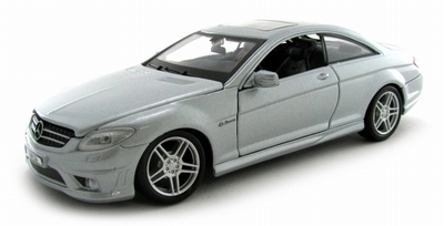 Maisto 1:24 Mercedes Benz CL63 AMG zilver