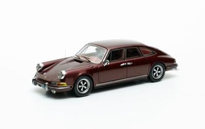 Matrix 1:43 Porsche 911 Troutman & Barnes bruin
