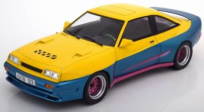 MCG 1:18 Opel Manta B Mattig, geel/blauw