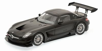 Minichamps 1:18 Mercedes Benz SLS AMG GT3 Street matt zwart