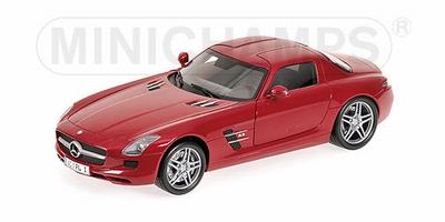 Minichamps 1:18 Mercedes Benz SLS AMG rood
