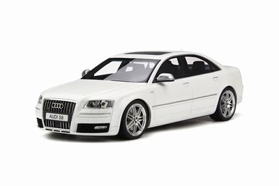 Otto Mobile 1:18 Audi S8 D3 wit
