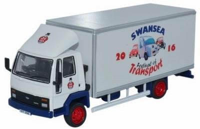 Oxford 1:76 Ford Cargo Box Van Swansea Festival