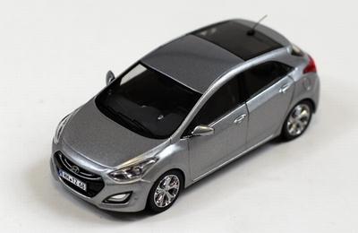 Premium X 1:43 Hyundai i30 2012 zilver