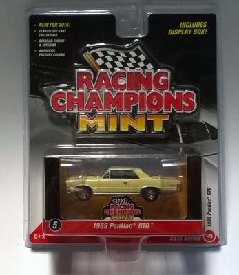 Racing Champions Mint 1:64 1965 Pontiac GTO