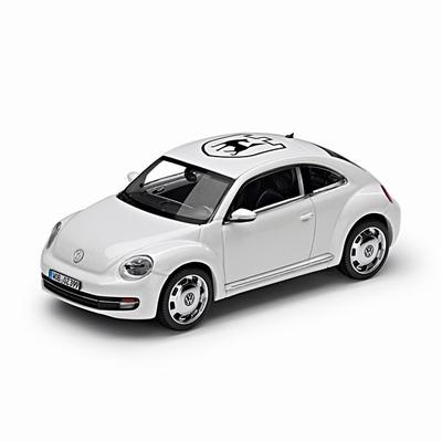 Schuco 1:43 Volkswagen Beetle Wolfsburg 2014 wit