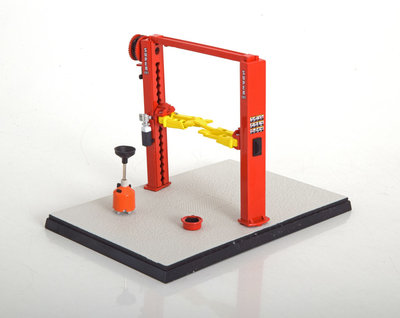 GMP 1:43 Two Post Service Lift geel rood / heftbrug